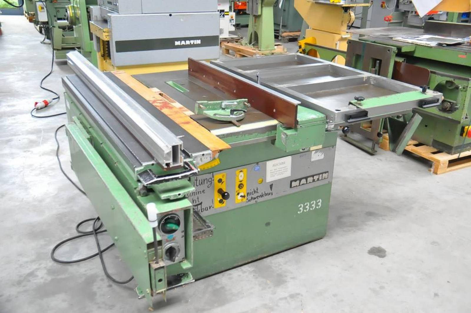 Sliding table saw MARTIN T 70 buy second-hand