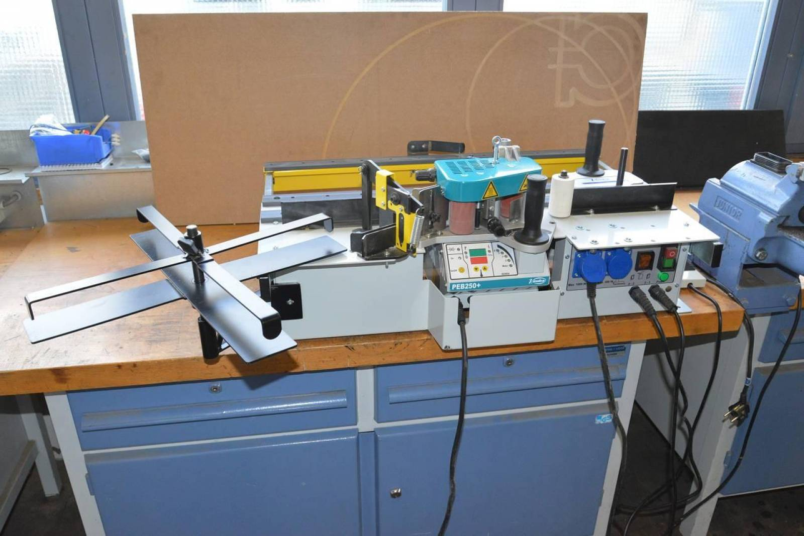 Edgebander for pre-coated edges VIRUTEX PEB 250+ buy second-hand