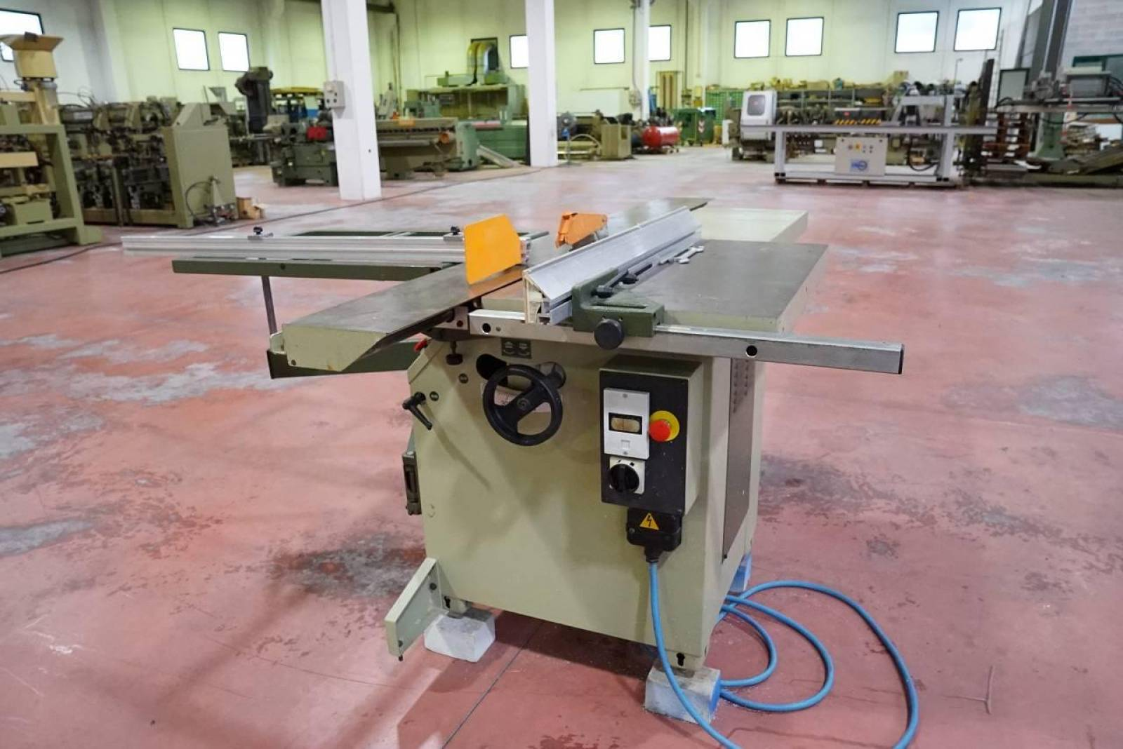 Sliding table saw MINI-MAX SC 3 buy second-hand