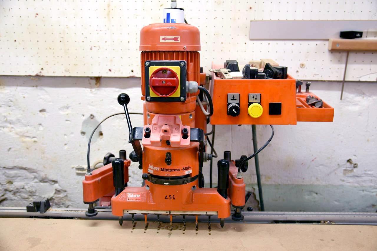 Blum Minipress M51 P1000 Wood Tec Pedia