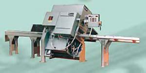 Erste CNC-gesteuerte Kappanlage